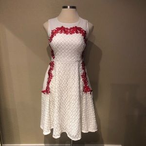 Gorgeous red and white dress. Size large
